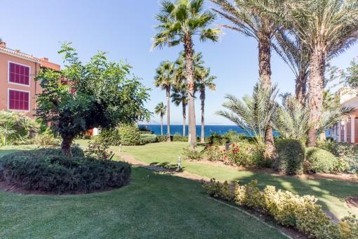 Luxuswohnung mit großer Terrasse und Meerblick