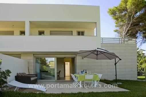 Herrliche Neubau-Doppelhaushälfte an der Playa de Muro