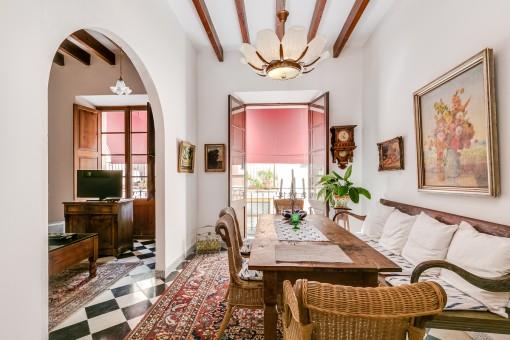 Charmantes Dorfhaus in Capdepera mit einem eleganten Restaurant