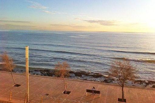 Schöne Neubauwohnung in zweiter Meereslinie in Molinar