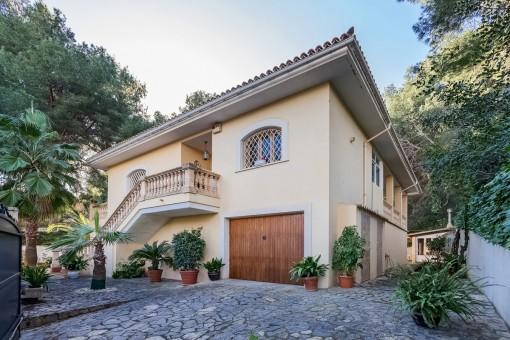 Unmöblierte Villa mit Pool und Gaszentralheizung in bevorzugter Wohnlage in Cas Catala