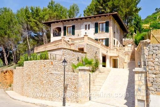 Wunderschöne Villa mit atemberaubendem Blick auf das Tal