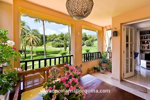 Gemütliche Wohnung in allerbester Lage mit Blick über die wunderschöne Gartenanlage