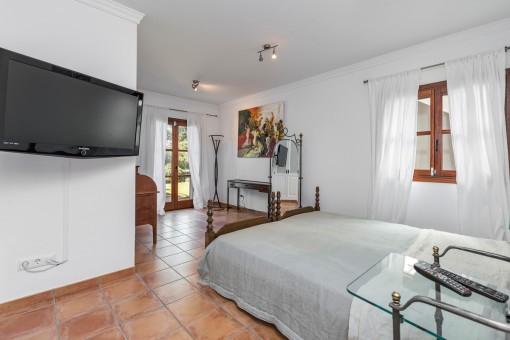 Komfortables Doppelzimmer mit Terrassenzugang