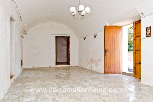 renovierungsbed rftige alte mallorquinische m hle mit haus. Black Bedroom Furniture Sets. Home Design Ideas