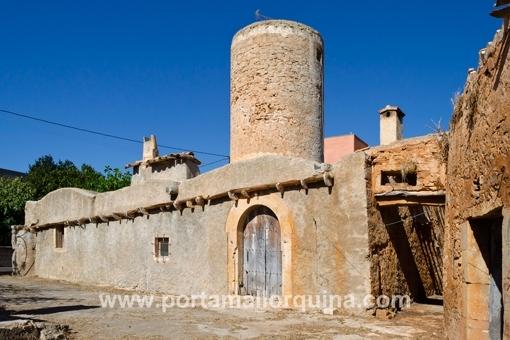Alte Mühle mit Haus in zentraler Lage