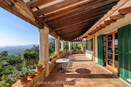 Große Wohnanlage mit interessanten Möglichkeiten, in der Nähe von Palma