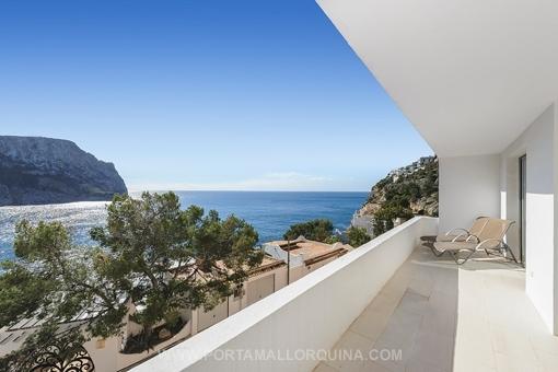 Moderne Wohnung direkt am Meer in Port d'Andratx