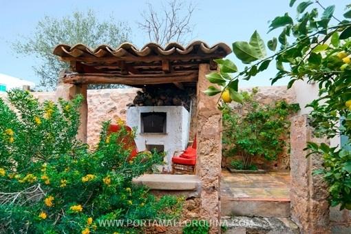 Außergewöhnliches Dorfhaus mit Stil