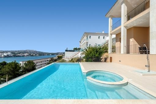 Einzigartige Villa mit Blick auf die Bucht von Santa Ponsa