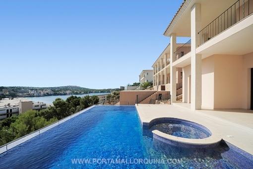 Luxuriöse Villa mit Traum Blick auf die Bucht von Santa Ponsa
