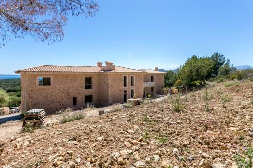 Erstklassiges Fincaprojekt zur Fertigstellung mit unvergleichlichem Ausblick  in Alcúdia