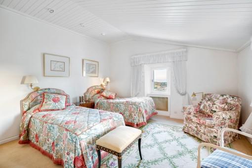 Charmantes Doppelschlafzimmer