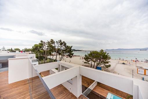 Blick von der Dachterrasse der Penthouse-Wohnung