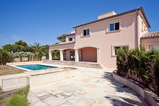 Modernes Wohnhaus mit eigenem Pool an der Cala Blava - Bellavista