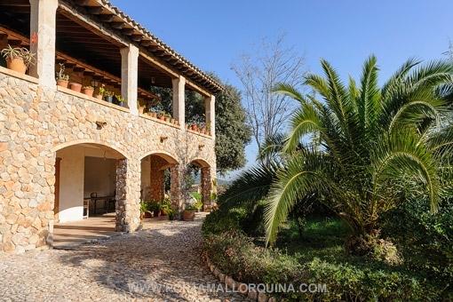 Erstklassige Villa in Bunyola mit Fernblick und Pool, in der Nähe von Palma