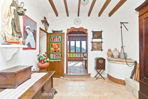 Authentisches Dorfhaus in Valldemossa mit traumhaftem Blick über das Tal