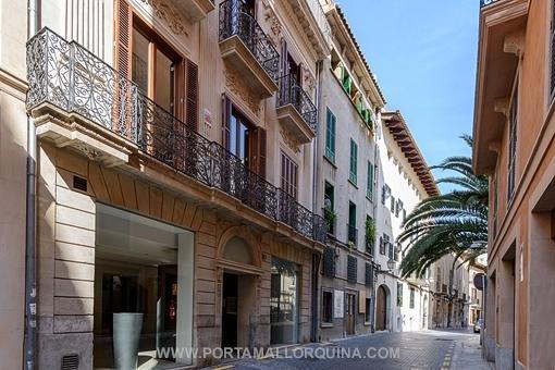 Großzügige Luxuswohnung in sanierten Altstadtpalast, Nähe Plaza Cort/Plaza Major