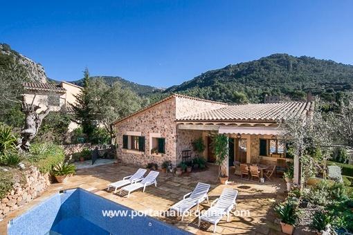 Moderne Villa in Valldemossa mit Pool und Blick auf die Tramuntana