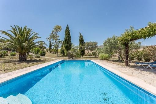 Villa mit Pool in Arta