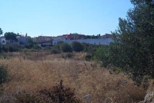 Grundstück in unmittelbarer Meeresnähe - Sa Torre