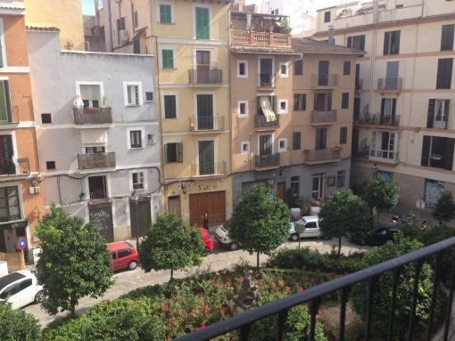 Charmante Altstadt-Wohnung mit Gemeinschaftsterrasse