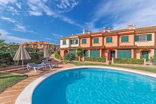 Apartmentkomplex mit Pool in El Toro