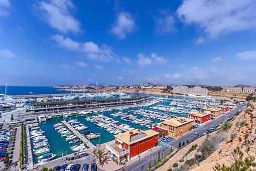 Hübsches Meerblickwohnung in Port Adriano