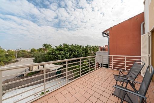 Balkon mit Teilmeerblick