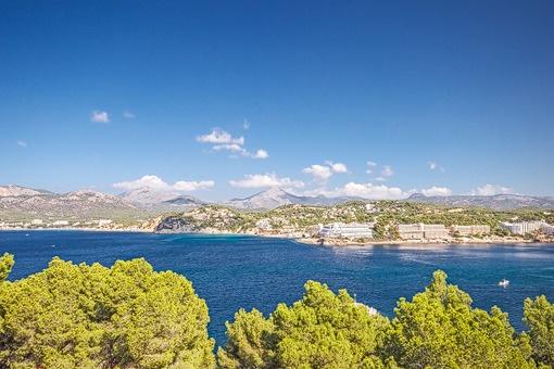Großartige Villa mit spektakulärem Meerblick in Santa Ponsa