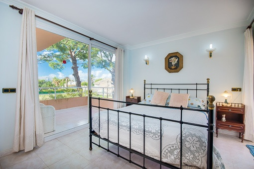 Doppelschlafzimmer mit eigenem Balkon