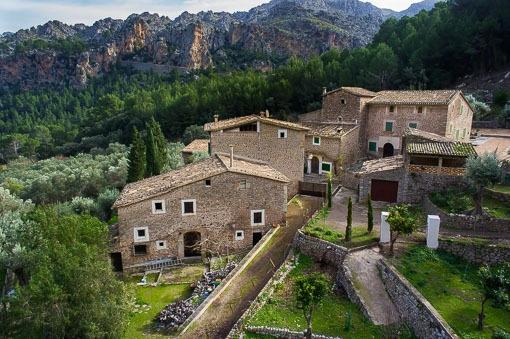 Begehrte Immobilienrarität - 500 Jahre alte Finca im idyllischen Sa Calobra mit Getreidemühle