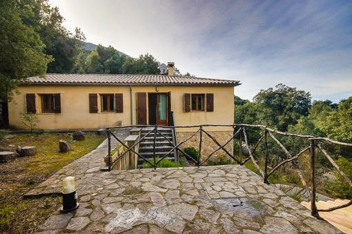 Naturstein-Chalet in Lluc – ein komfortables Refugium inmitten der Sierra de Tramuntana
