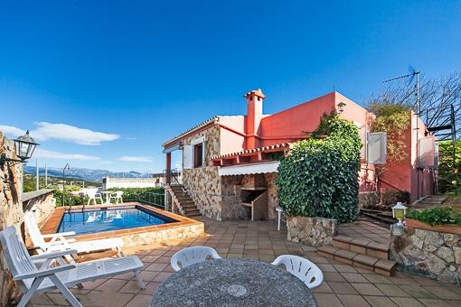 Wunderschönes Einfamilienhaus mit spektakulärem Bergblick, in Portol