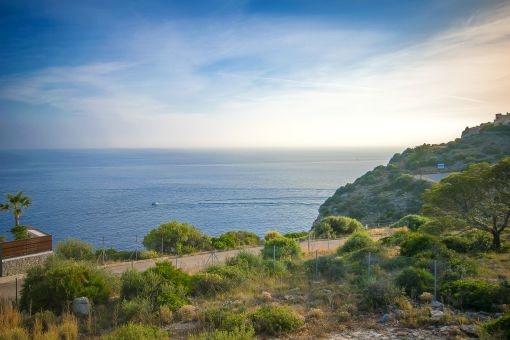 Blick auf das Mittelmeer vom Grundstück