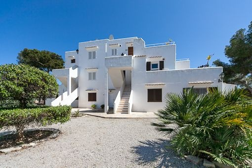 Meerblick Apartment in Es Forti mit großer Sonnenterrasse