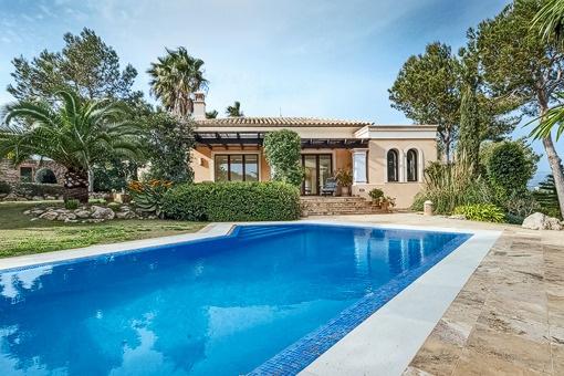 Großartige Villa mit Garten und Pool in Nova Santa Ponsa