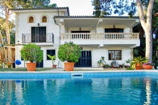 Elegante Villa mit viel Potential in Costa d'en Blanes