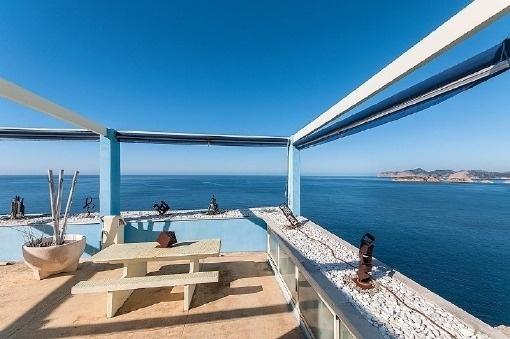 Großartige Villa in erster Meereslinie in Santa Ponsa