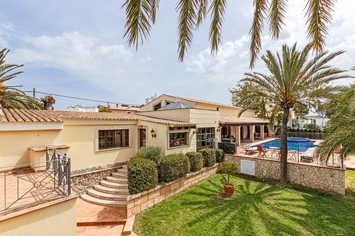 Geräumige Villa in der Nähe des Strandes von Palmanova
