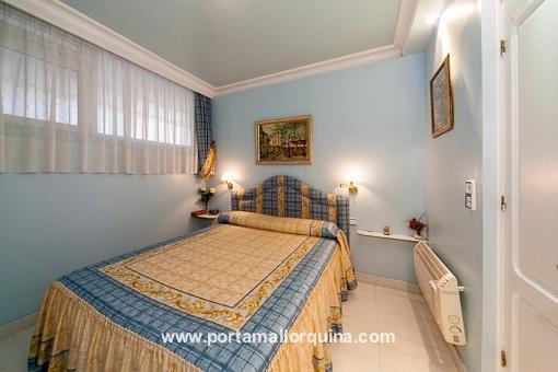 Himmelblaues Schlafzimmer