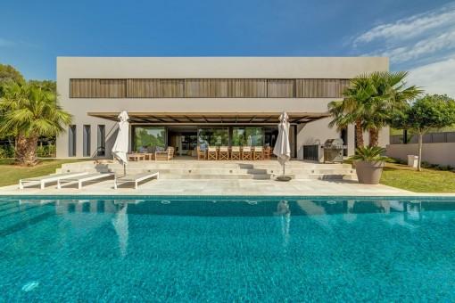 Moderne Villa in hervorragender Lage in Santa Ponsa