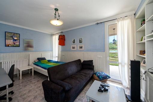 freistehendes chalet in las palmeras zu kaufen. Black Bedroom Furniture Sets. Home Design Ideas