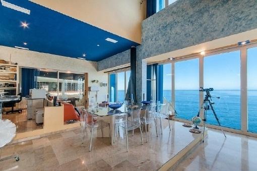 Essbereich und Küche mit Panoramablick