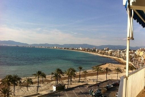 Exklusive Wohnung direkt am Strand von Arenal mit spektakulärem Blick über den Hafen von Arenal und über die gesamte Bucht
