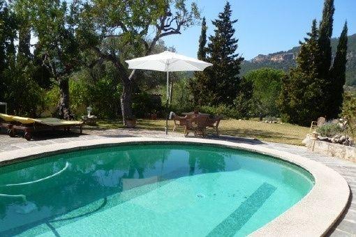 Finca mit Panoramablick und Pool im Naturschutzgebiet von Es Capdellá