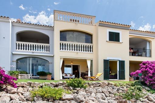 Erdgeschosswohnung mit Meerblick in Tolleric - Jardin al Mar