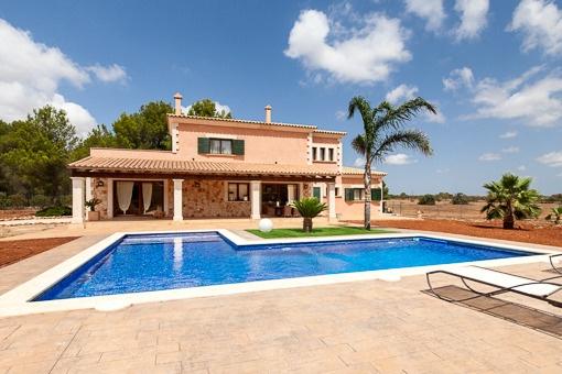 Finca-Chalet mit Natursteinfassade aus besten Materialien in der Nähe von Algaida