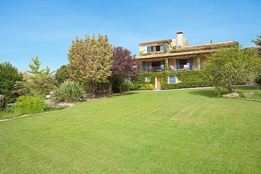 Top gepflegte hochwertige Finca mit Pool und Panoramablick am Fuße der Tramuntana
