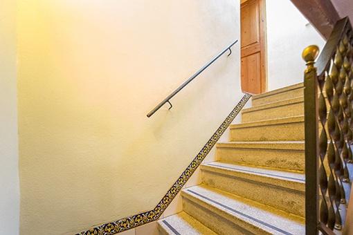 Zugang zum ersten Stock